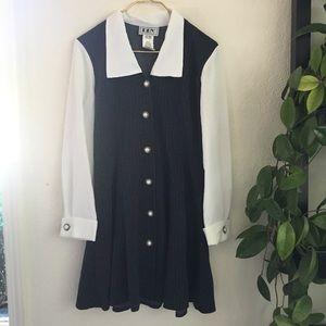 Vintage Vtg collared long sleeve button up dress